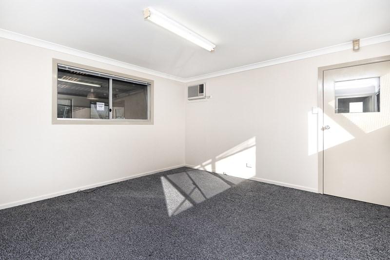 2/1288 Boundary Road WACOL QLD 4076