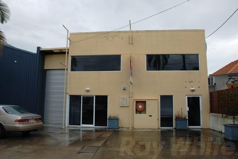 21 Godwin Street BULIMBA QLD 4171