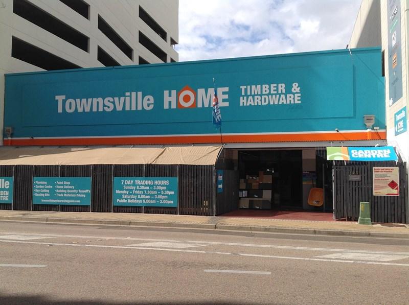 126 Ogden Street TOWNSVILLE CITY QLD 4810