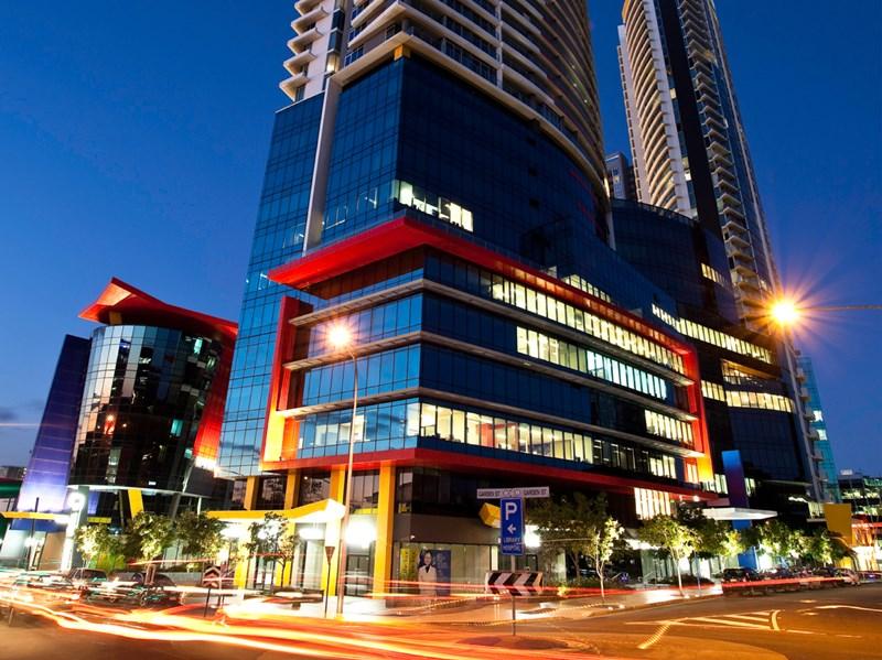 27 Garden Street SOUTHPORT QLD 4215