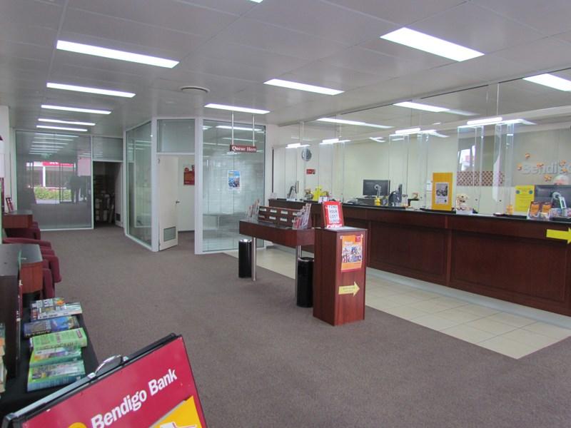 74 Goondoon Street GLADSTONE CITY QLD 4680