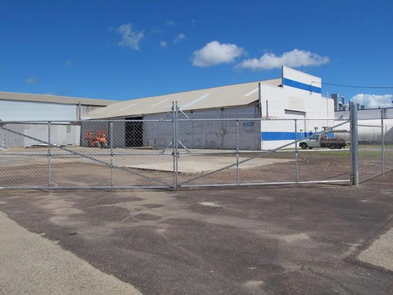 25-33 Muir Street BUNGALOW QLD 4870