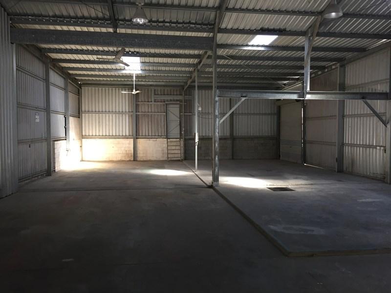 1 Dennis Street BOYNE ISLAND QLD 4680