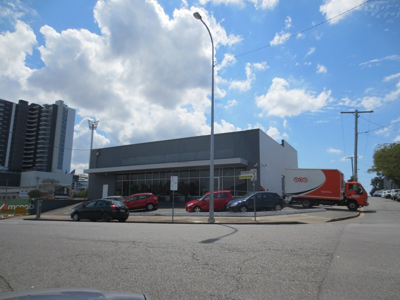 6 Overend Street EAST BRISBANE QLD 4169