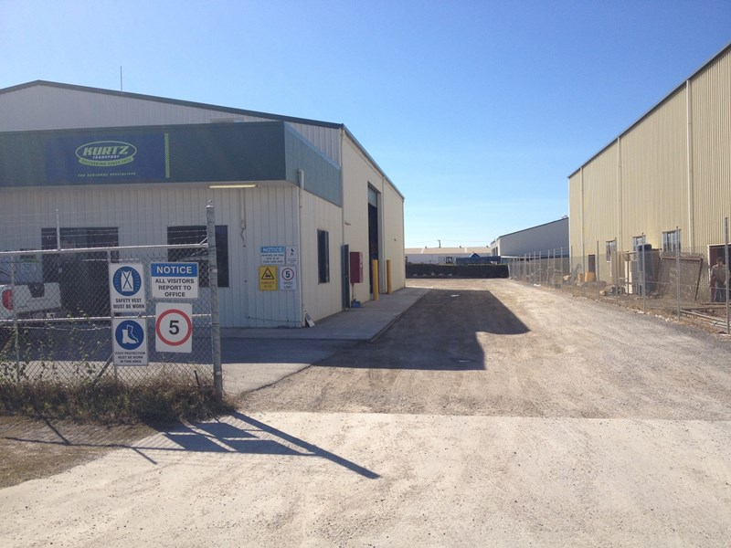 10 Bassett Street GLADSTONE CENTRAL QLD 4680