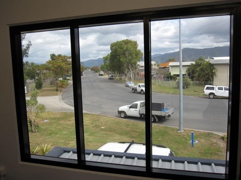 Unit 9/4 - 16 Tingira Street PORTSMITH QLD 4870