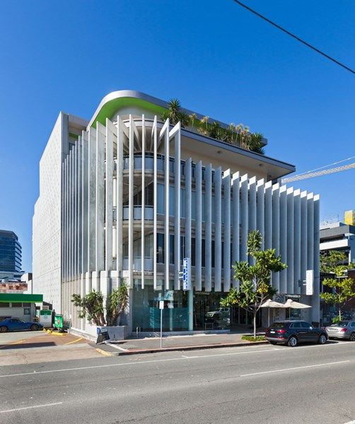 26 Commercial Road NEWSTEAD QLD 4006