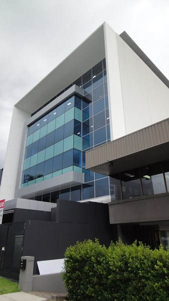 7 Bay Street SOUTHPORT QLD 4215