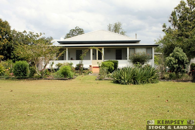 237 Toms Gully Road HICKEYS CREEK NSW 2440