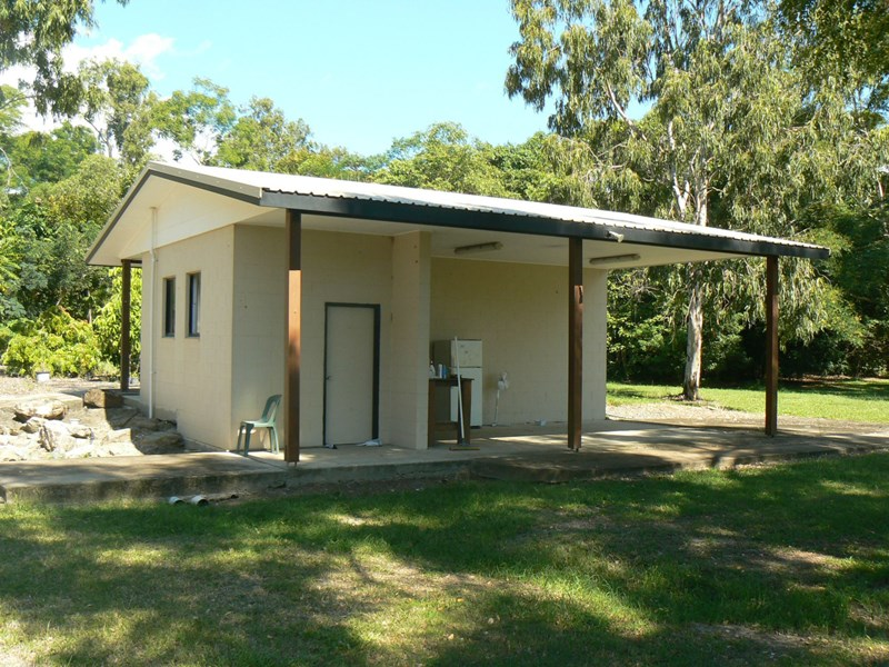 5548 Captain Cook Highway MOWBRAY QLD 4877
