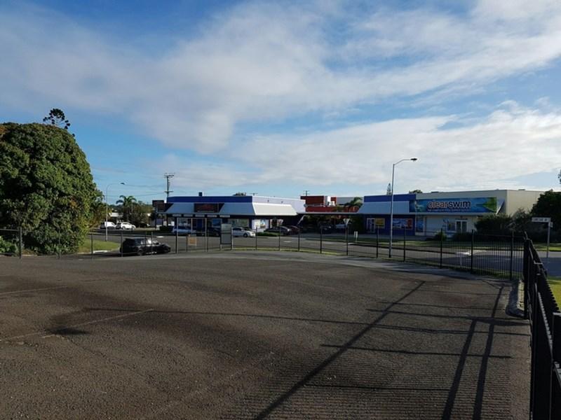 6 Comstar Avenue (Cnr Trinder Ave) MAROOCHYDORE QLD 4558