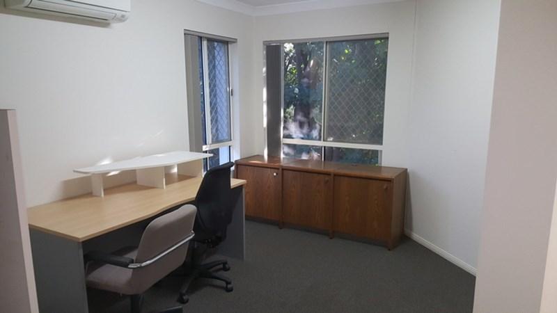 8/1 Nerang Street NERANG QLD 4211