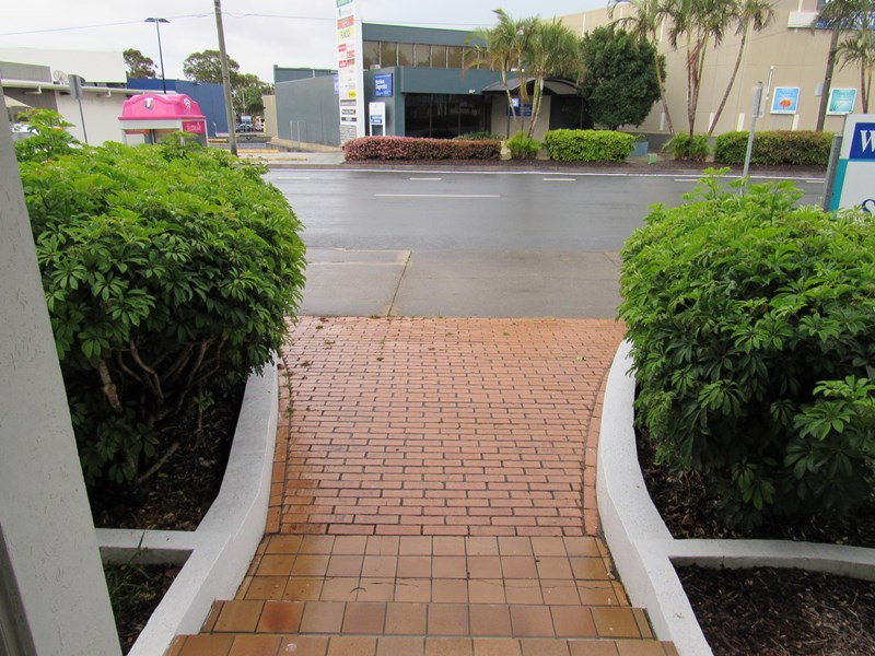 27 Anzac Avenue REDCLIFFE QLD 4020
