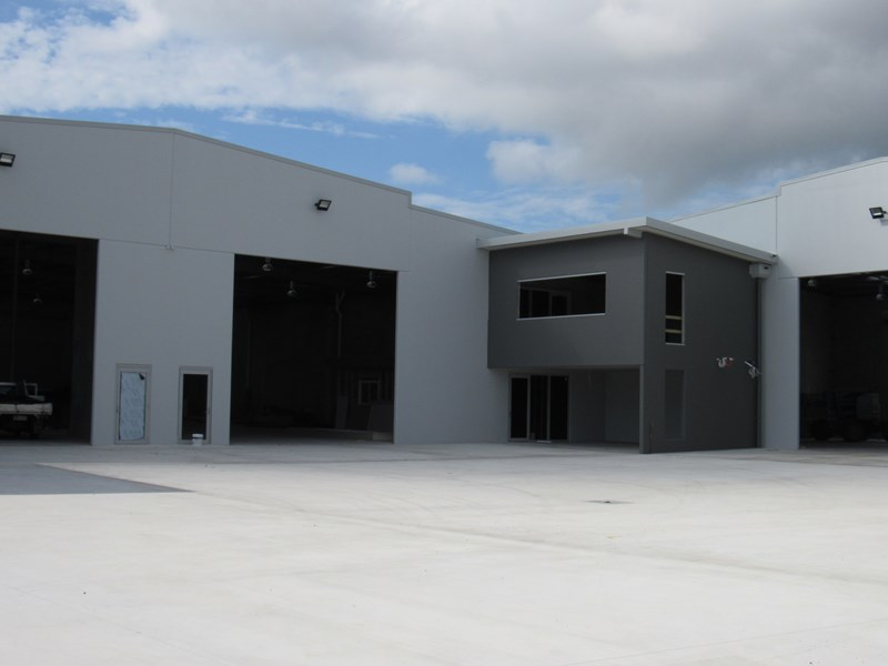 2/28s Redcliffe Gardens Drive CLONTARF QLD 4019
