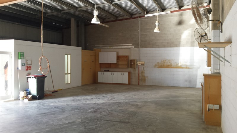 Unit 2, 7 - 9 Industry Drive CABOOLTURE QLD 4510