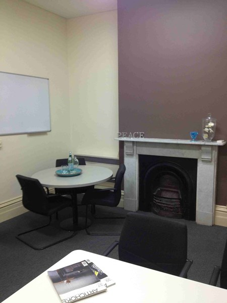 Offices 2 /21 Gladstone Street MOONEE PONDS VIC 3039