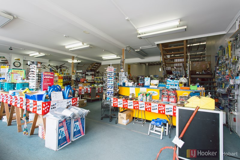 133 Main Road MOONAH TAS 7009