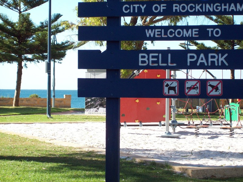 2/41 Rockingham Beach Road ROCKINGHAM WA 6168