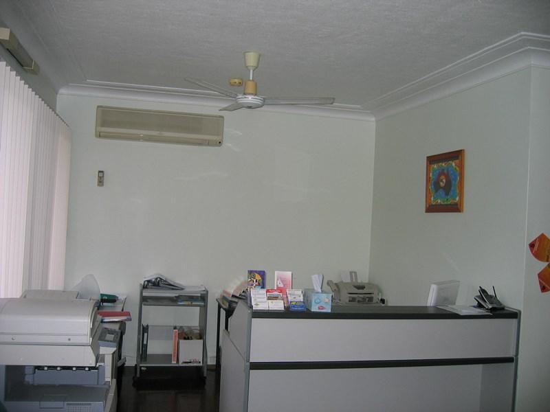 123 Ross River Road MUNDINGBURRA QLD 4812
