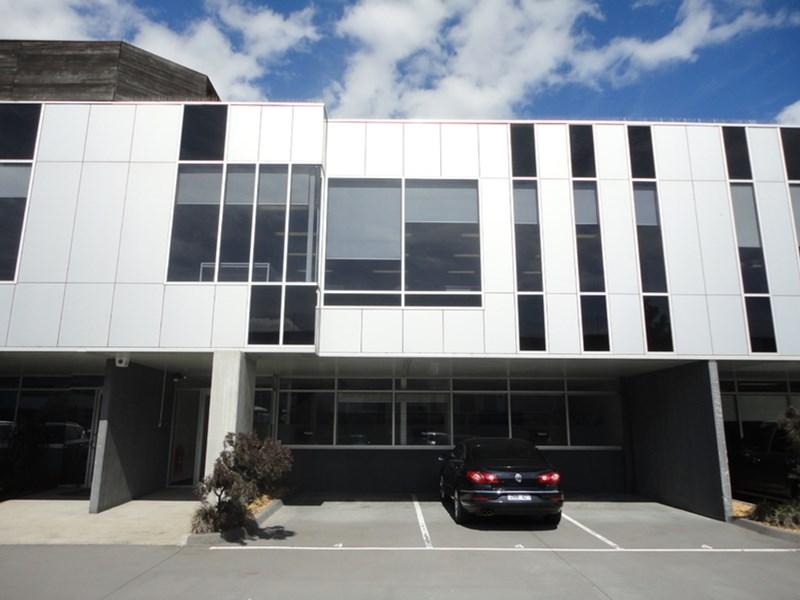4/42 Sabre Drive PORT MELBOURNE VIC 3207