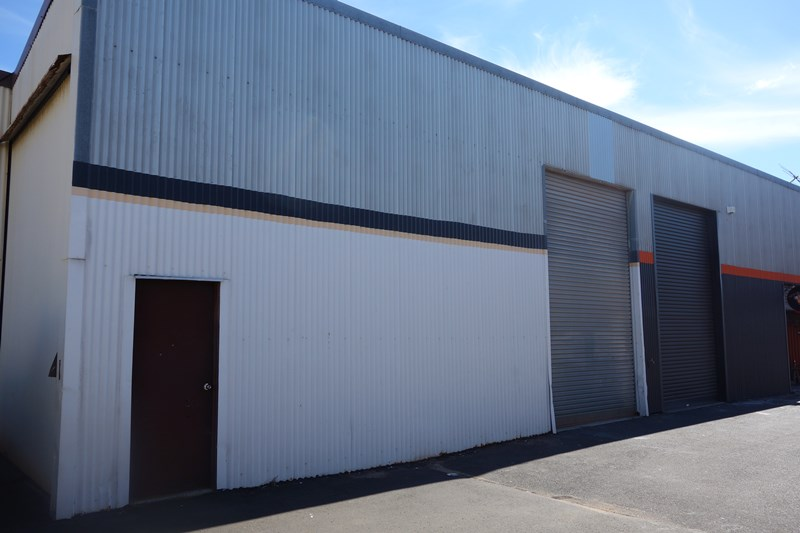 Unit 2/15 Denning Road EAST BUNBURY WA 6230