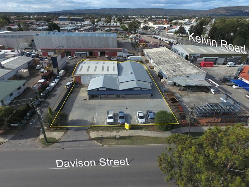 6 Davison Street MADDINGTON WA 6109