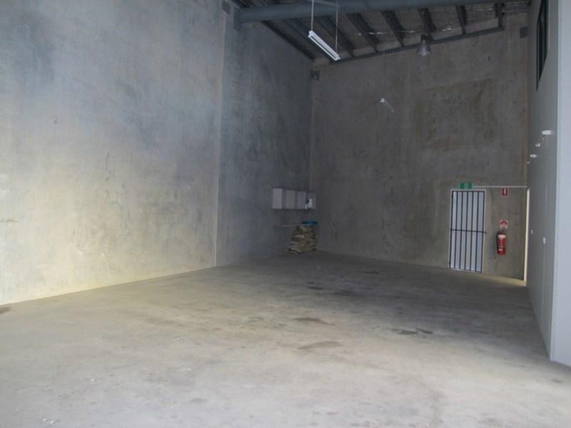 Unit 9/4-16 Tingira Street PORTSMITH QLD 4870