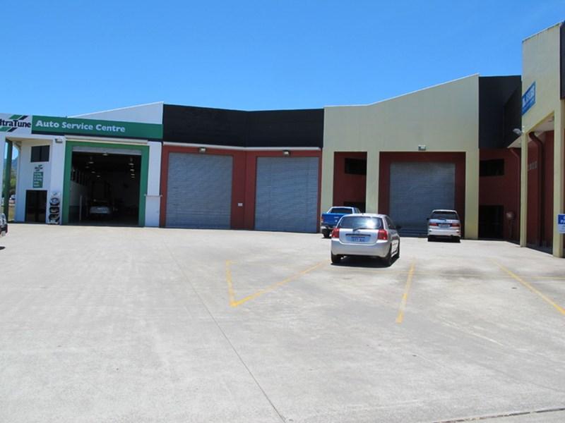 1 Hargreaves Street EDMONTON QLD 4869