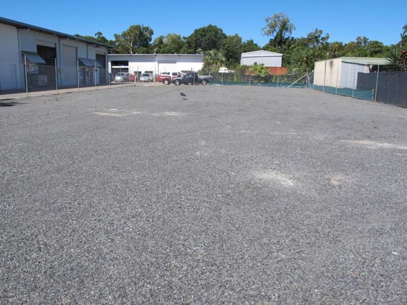 5 Donaldson Street MANUNDA QLD 4870
