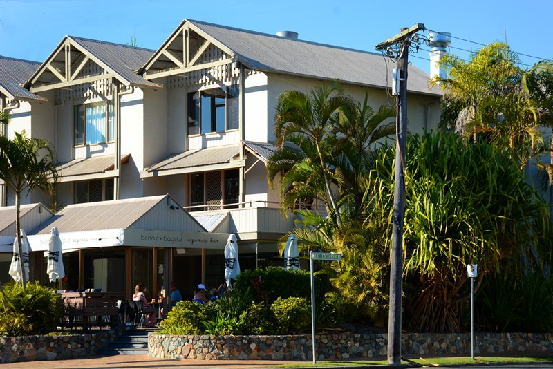 3/185 Gympie Terrace NOOSAVILLE QLD 4566