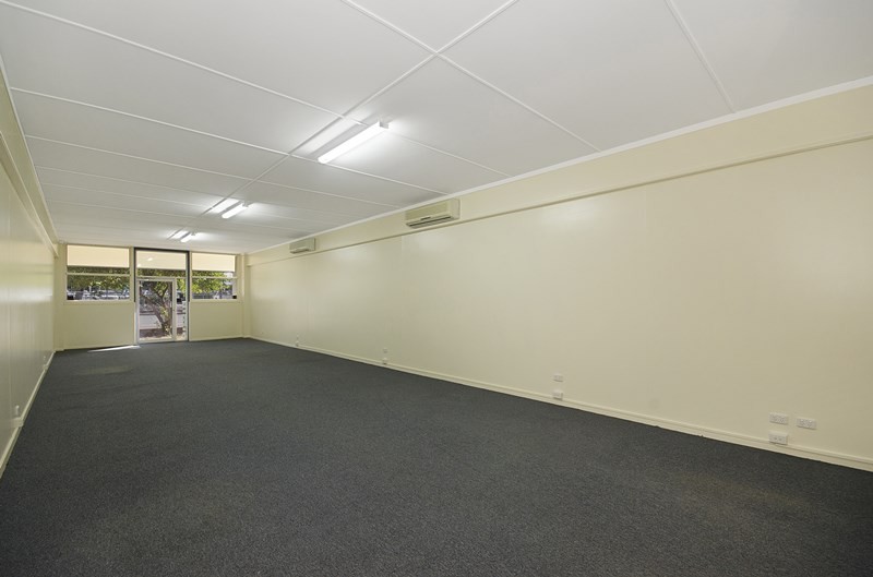 Suite 4, 36 Ingham Road WEST END QLD 4810
