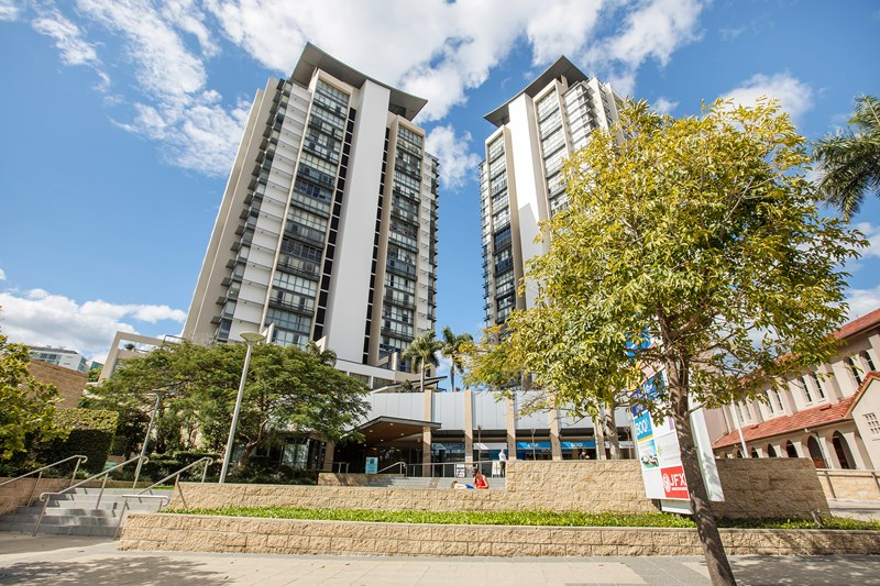 16/105-107 Scarborough Street SOUTHPORT QLD 4215