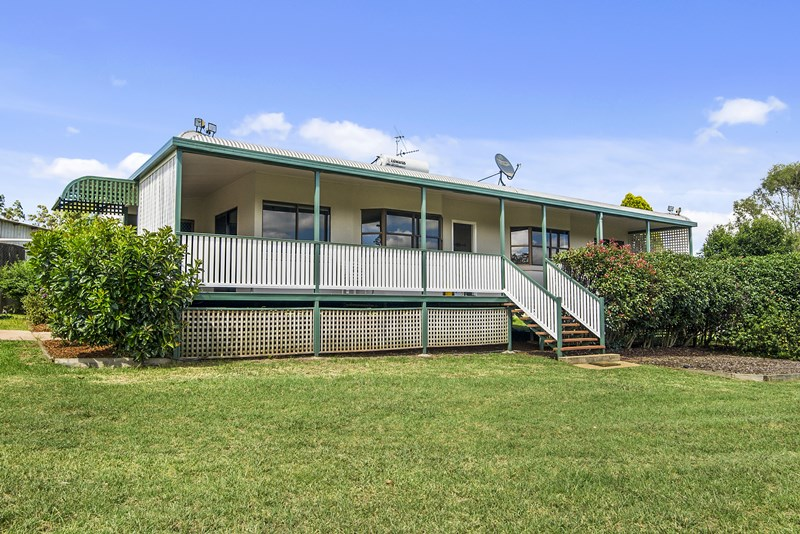 93 Brennan Road HAMPTON QLD 4352
