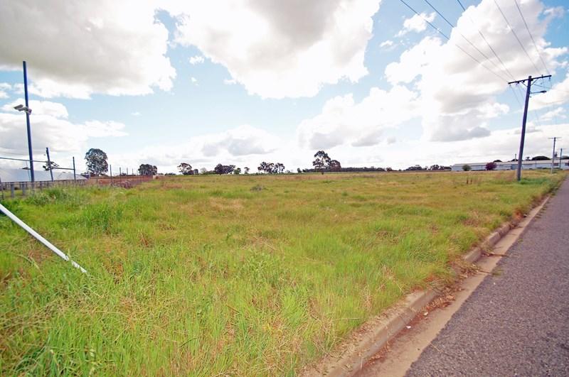 7 - 9 Headerworld Avenue COROWA NSW 2646