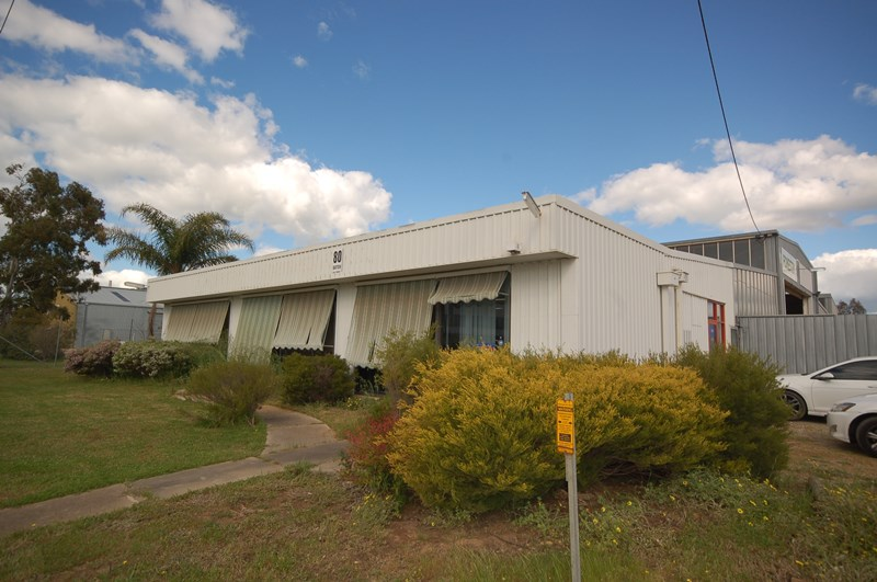 80 Batten Street ALBURY NSW 2640