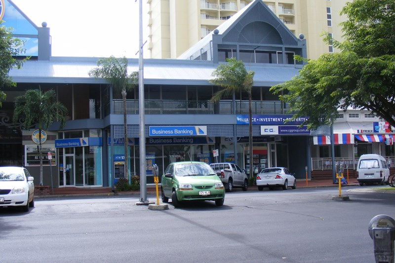 F09/38 Lake Street CAIRNS QLD 4870