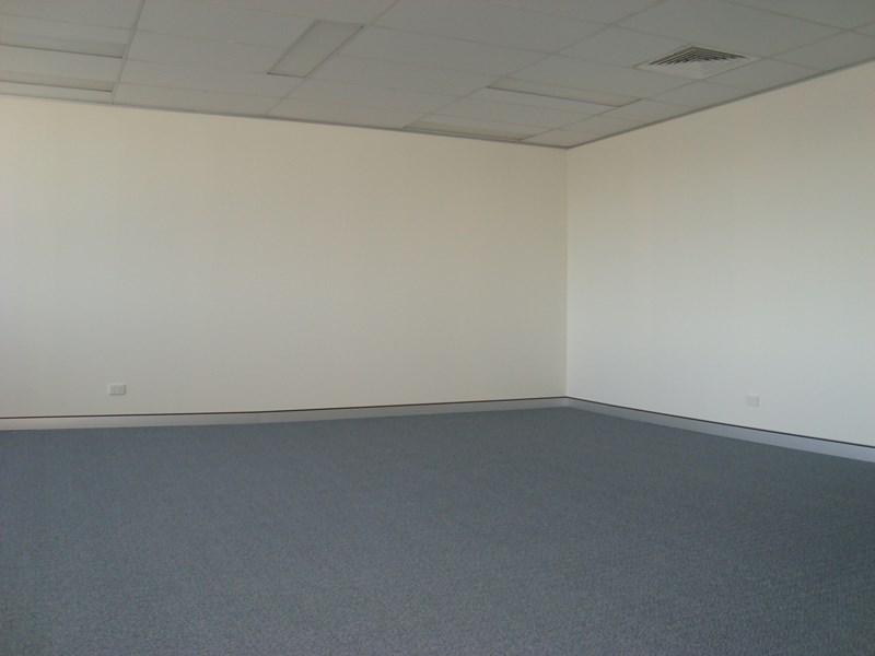 292 Anzac Avenue KIPPA-RING QLD 4021