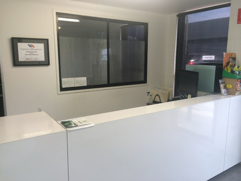 2-4 Lever Street OAKLEIGH VIC 3166