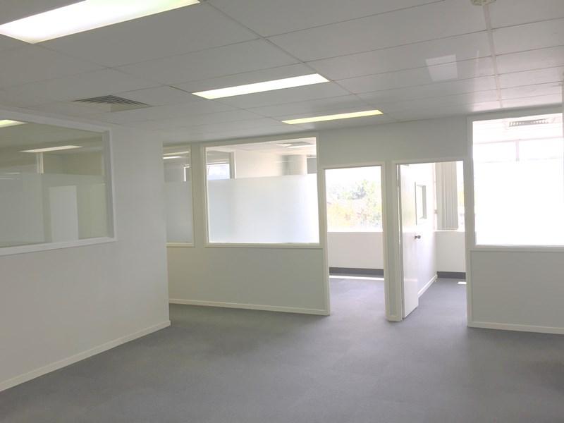 14F/10 Old Chatswood Road SPRINGWOOD QLD 4127