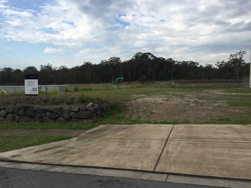 6 Gateway Avenue LANDSBOROUGH QLD 4550