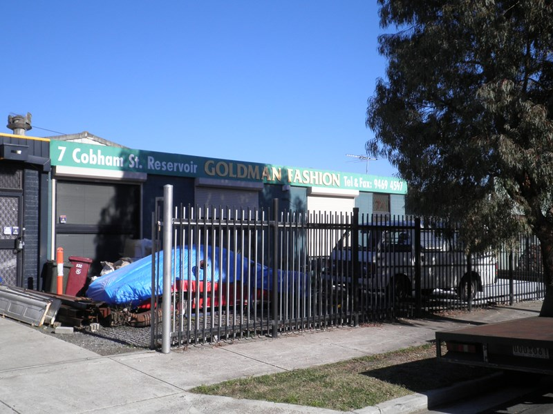 Commercial Property Cobham
