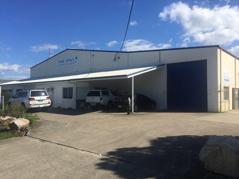 34 Enterprise Street CALOUNDRA WEST QLD 4551
