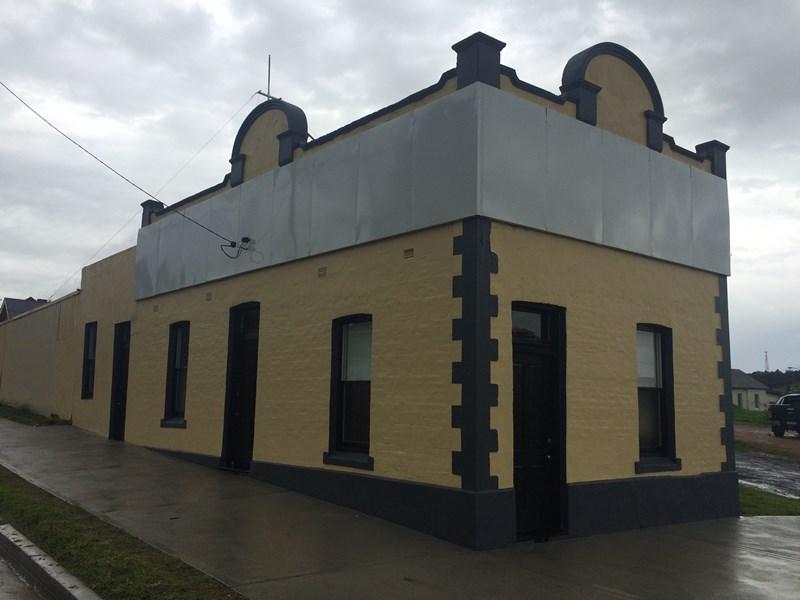 6 Ryall Street CANOWINDRA NSW 2804