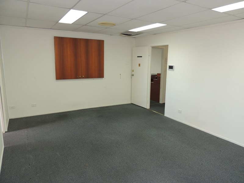 5 & 6, 1 James Street BEENLEIGH QLD 4207