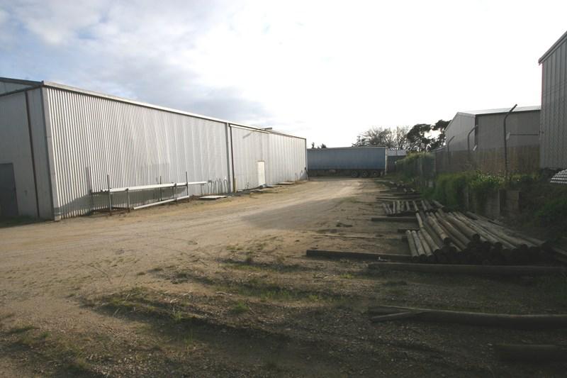 11-15 Railway Avenue BUNYIP VIC 3815