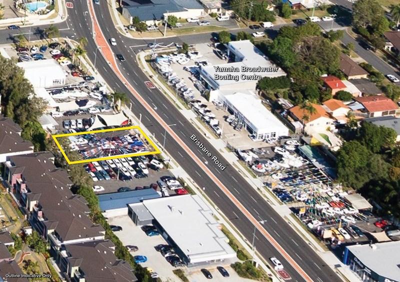 51 Brisbane Road LABRADOR QLD 4215