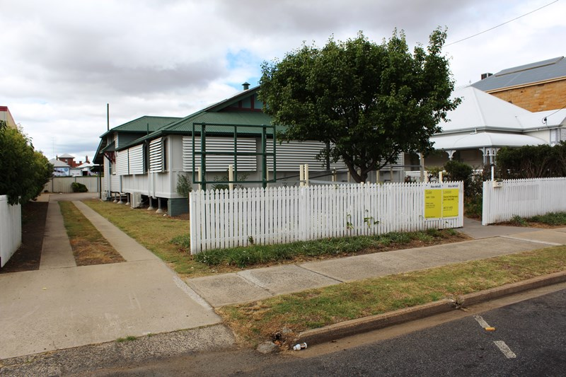 48 Guy Street WARWICK QLD 4370