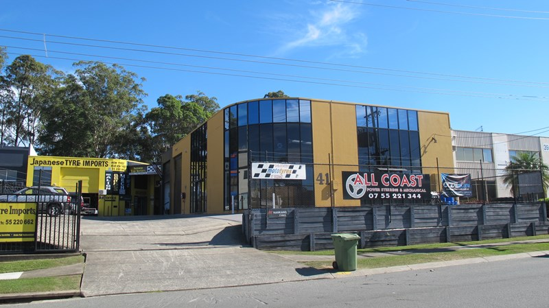 41 Taree Street BURLEIGH HEADS QLD 4220