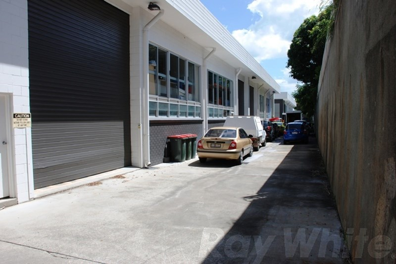 1st Floor/17 Douglas Street MILTON QLD 4064