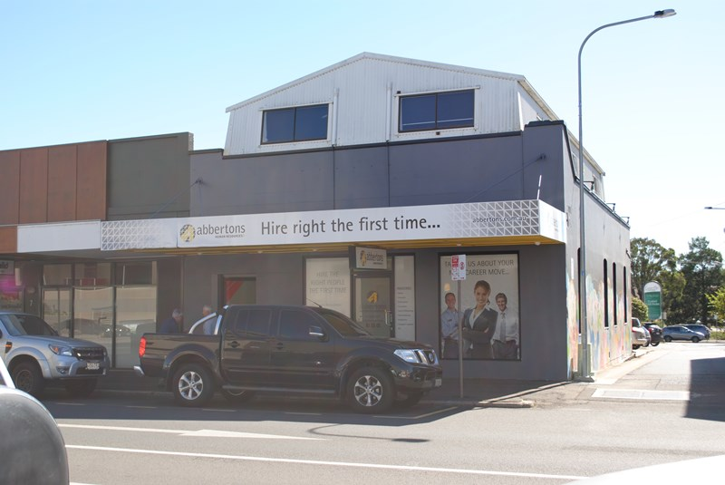 5 Russell TOOWOOMBA CITY QLD 4350
